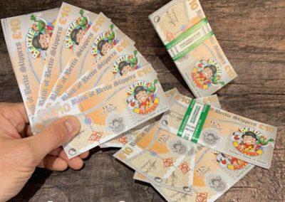 personalisd ten pound notes