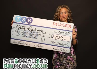 corporate presentation cheque
