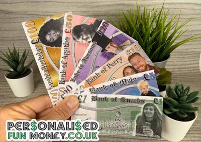 Customise your pound notes with your photo or logo